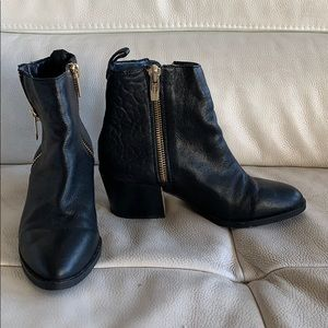 Black Vince Camuto boots